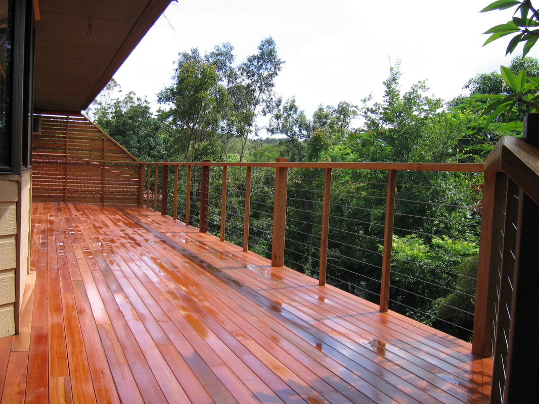 How to Re-Stain a Deck – Tips from a Brisbane Deck Builder